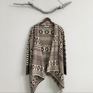 🌲Maurices Tribal Print Sweater Cardigan